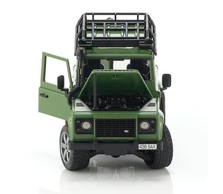 Bruder Vehículo todoterreno Land Rover Defender 1:16 02590[6/8]