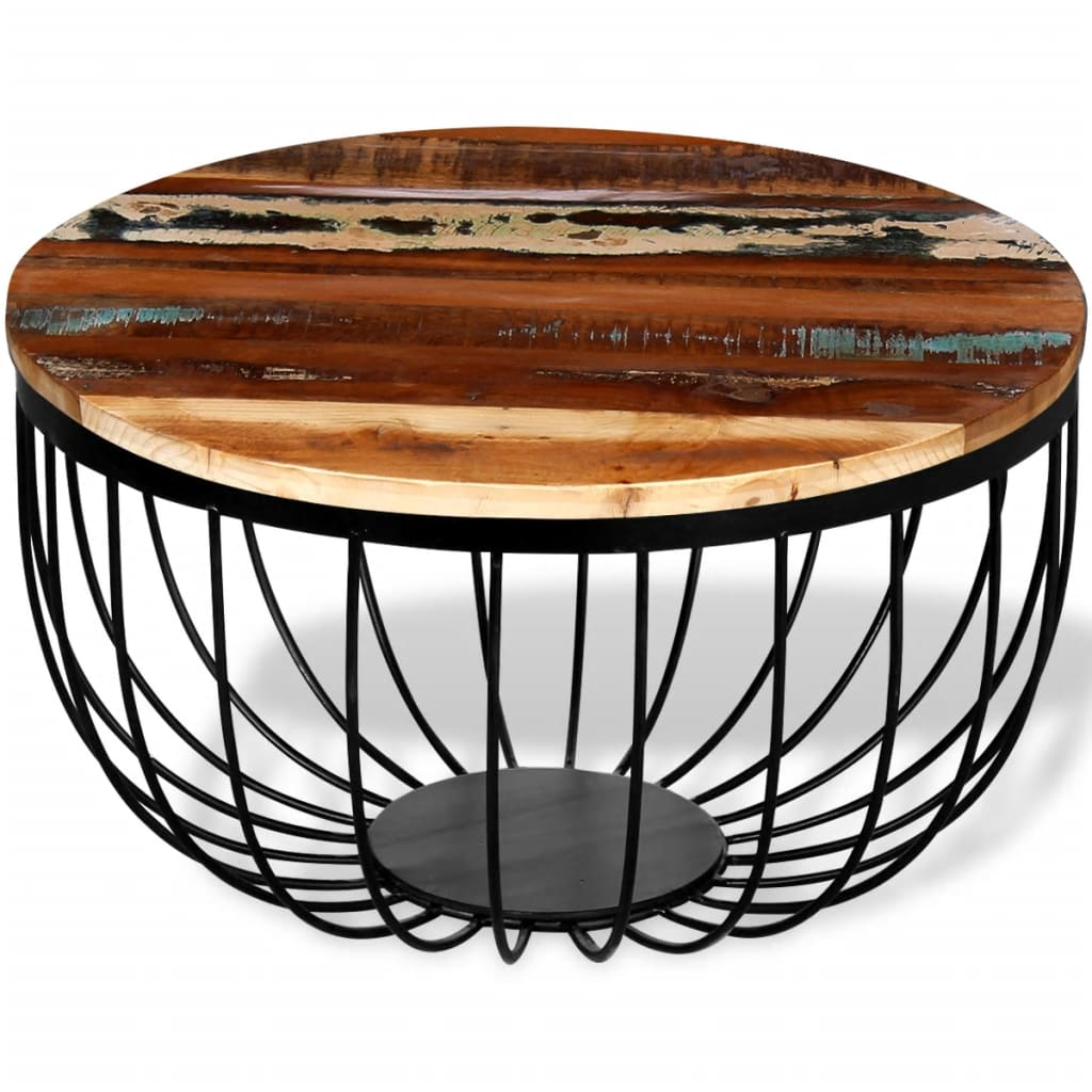 This industrial-style wooden coffee table exudes a vintage charm and will make a timeless addition to your home.