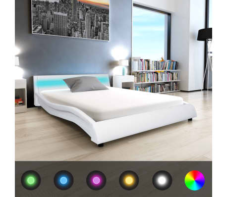 vidaxl bett mit led streifen mit matratze kunstleder. Black Bedroom Furniture Sets. Home Design Ideas