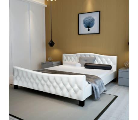 acheter vidaxl lit double avec matelas 140 x 200 cm cuir artificiel blanc pas cher. Black Bedroom Furniture Sets. Home Design Ideas