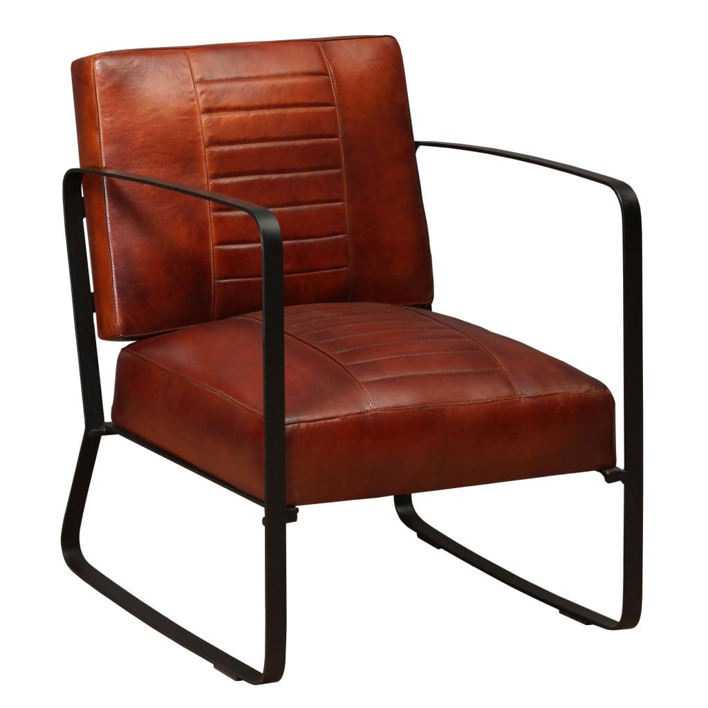 Deze coole, industriële loungestoel heeft een opvallend en stoer ontwerp. Hij is niet alleen een prachtige aanvulling op je woonkamer, maar de stoel is ook ideaal om lekker in te ontspannen na een drukke dag dankzij de comfortabele met schuim gevoerde echte geitenleren zitting en rugleuning. Het stevige stalen frame en de stalen poten dragen bij aan de industriële uitstraling.