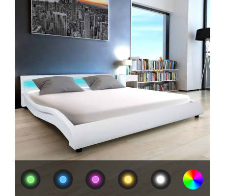 acheter vidaxl lit avec led et matelas 180 x 200 cm cuir artificiel blanc pas cher. Black Bedroom Furniture Sets. Home Design Ideas