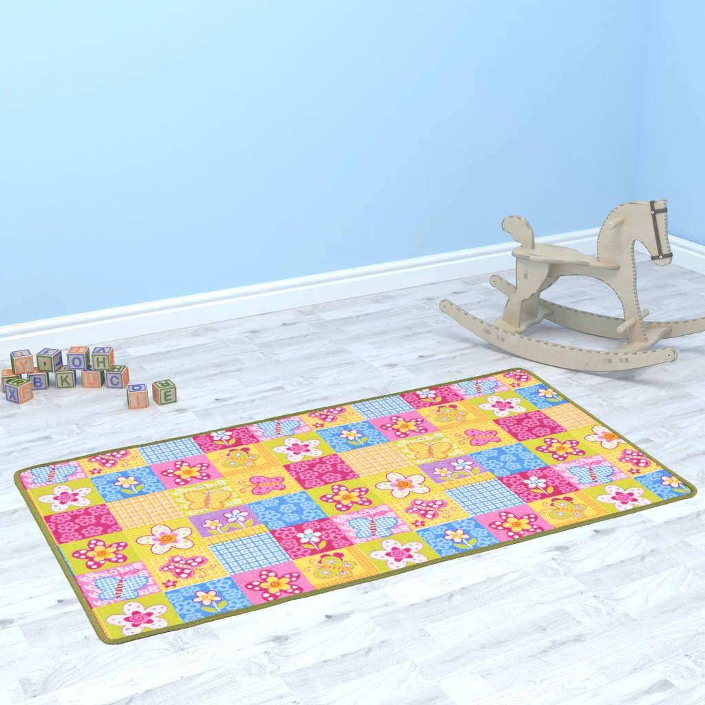 Hrací koberec se smyčkovým vlasem 133 x 180 cm vzor motýlci