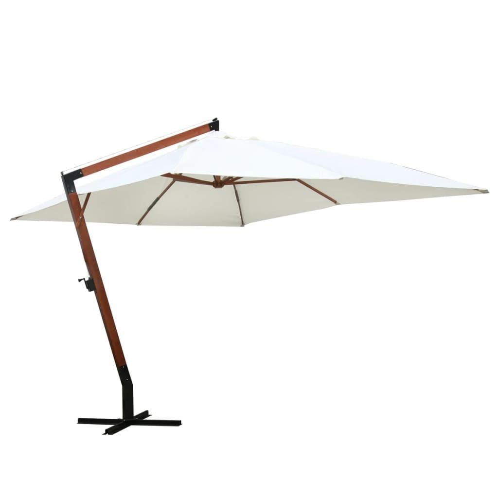 Piękny, duży parasol podwieszany z drewnianym stojakiem.