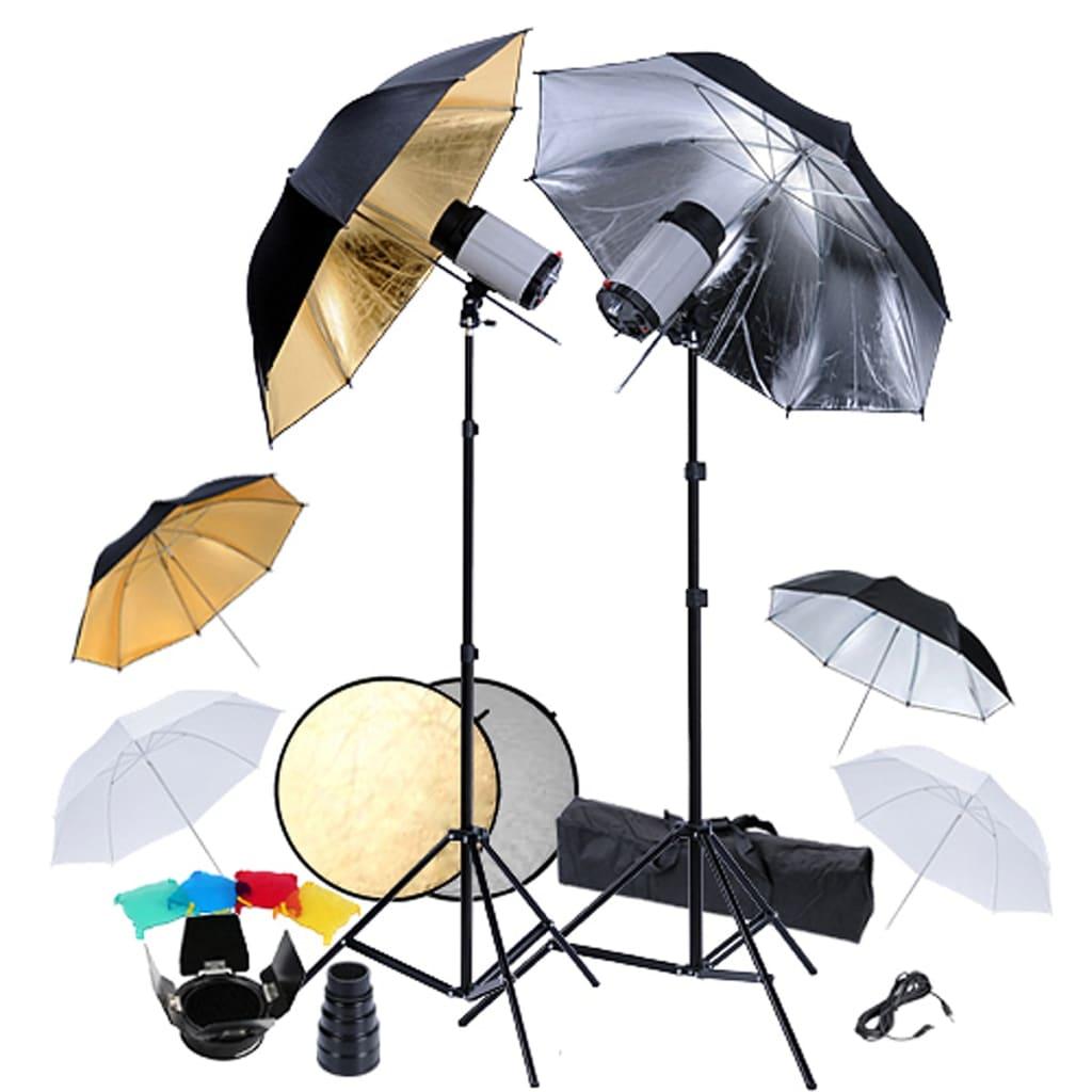 Studio Sestava : 2 bleskové hlavy , 6 deštníky a reflektor