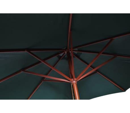 Parasol przeciwsłoneczny w kolorze zielonym o wysokości 258 cm.[3/7]