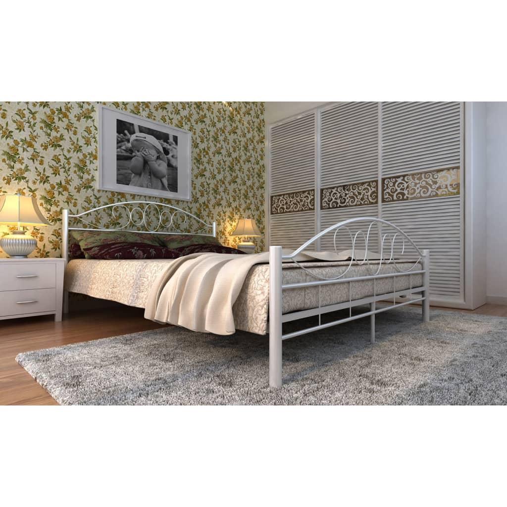Kovová postel 140 x 200 cm s matrací, bílá, spirálový dekor