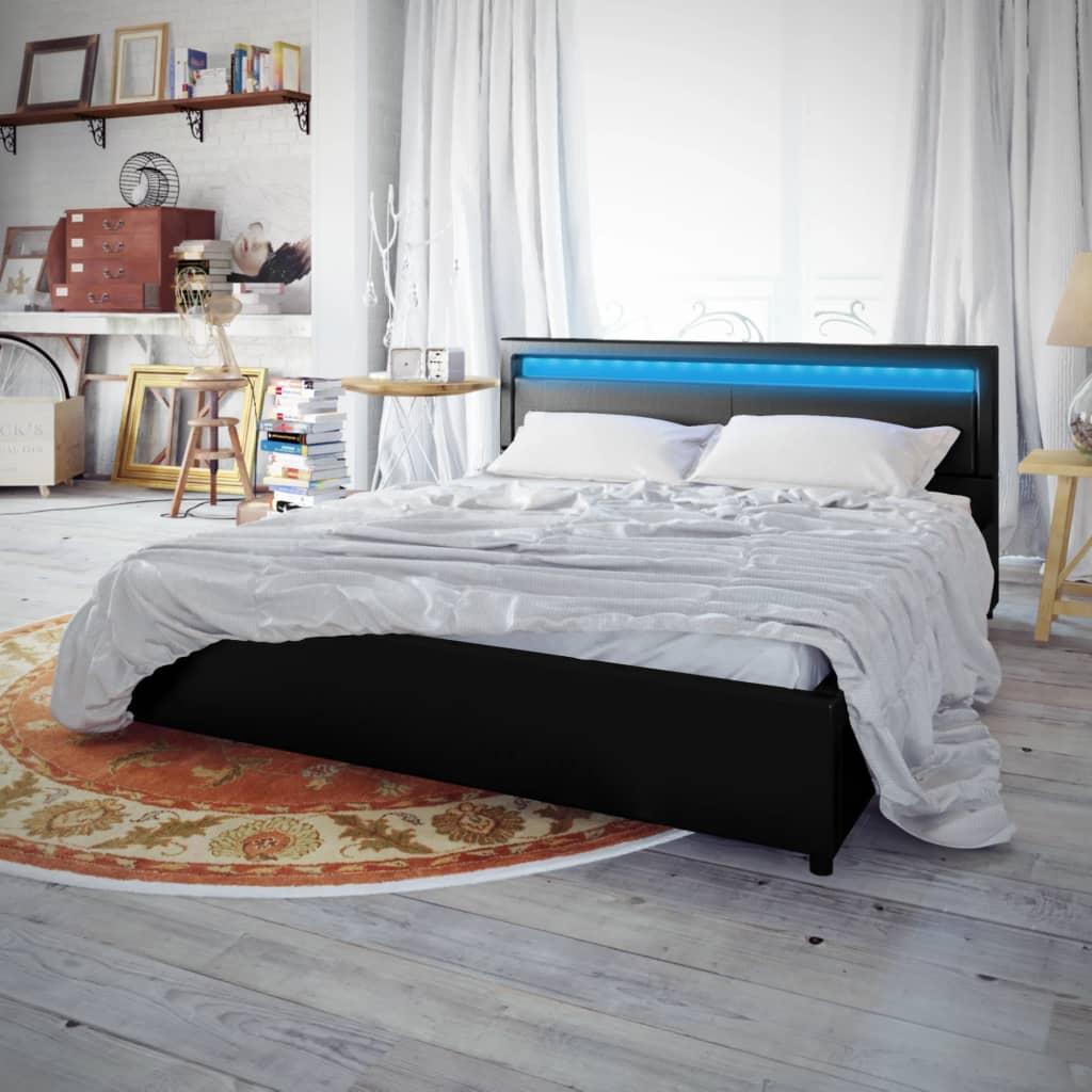 Černá postel z umělé kůže 140x200 cm se sadou LED pásu