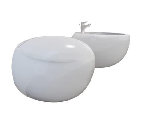Vägghängd toalett och bidé i Vitt