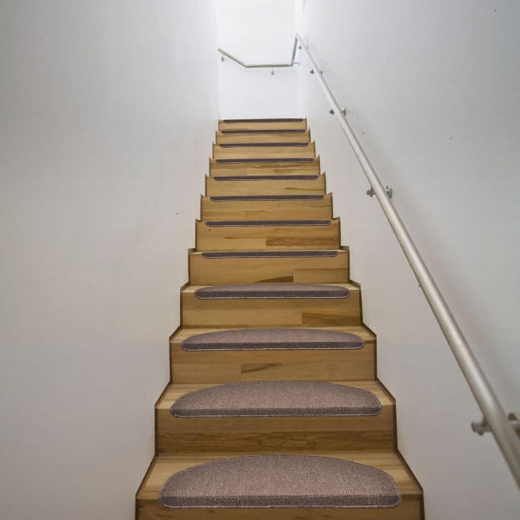 Hnědé kobercové nášlapy na schody, 64,5 x 25,5 cm, 15 ks