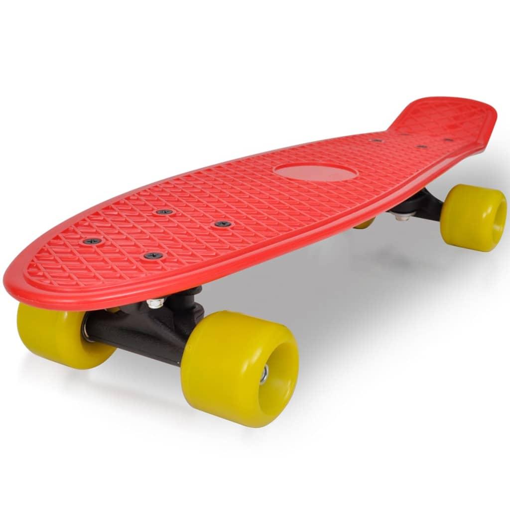 Retro skateboard s červenou deskou a žlutými kolečky