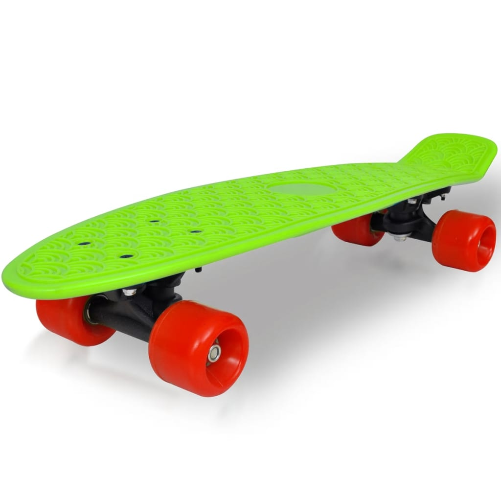 Retro skateboard se zelenou deskou a červenými kolečky