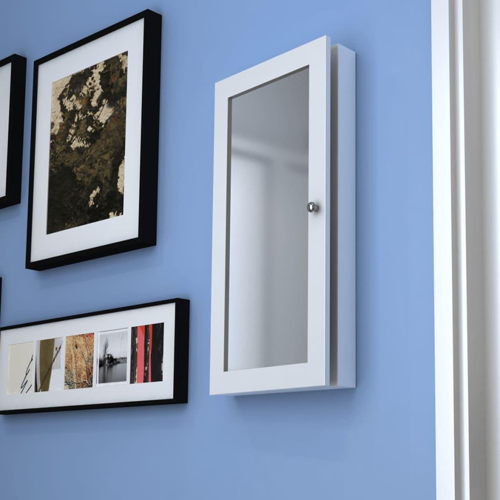 Dřevěná nástěnná skříňka se zrcadlem