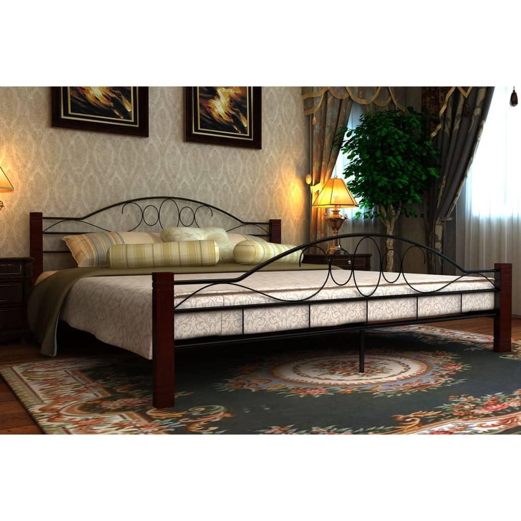 Černá/červenohnědá kovová postel 140 x 200 cm + matrace paměťová pěna