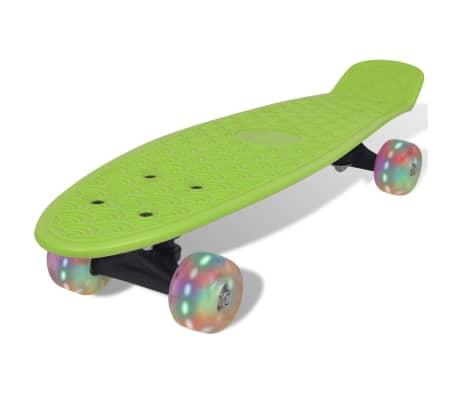 skateboard gr n retro mit led rollen zum schn ppchenpreis. Black Bedroom Furniture Sets. Home Design Ideas