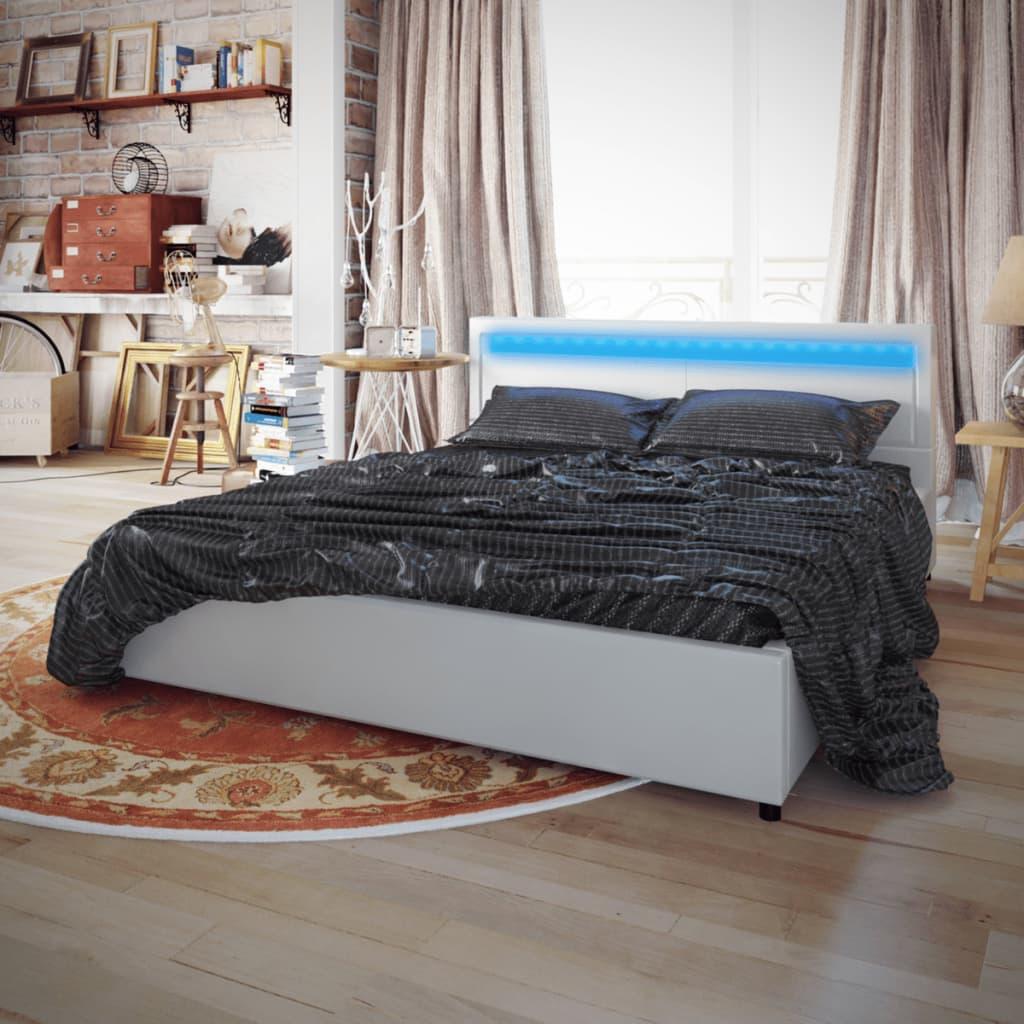 Bílá postel umělá kůže s pásem LED 200x180 cm s matrací