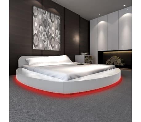 vidaxl bett mit led und matratze 180 200 cm kunstleder wei rund g nstig kaufen. Black Bedroom Furniture Sets. Home Design Ideas