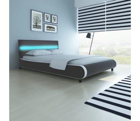 vidaXL Bed met matras + LED-verlichting in hoofdeinde 140 cm ...