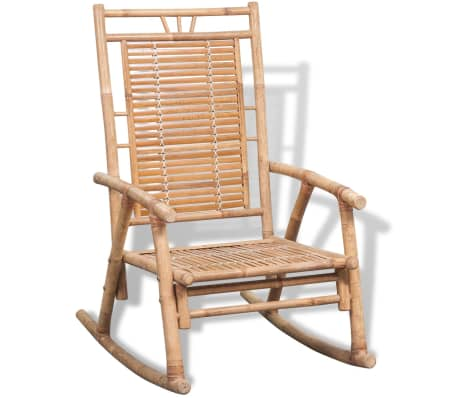 This bamboo rocking chair is a great choice for relaxing in your garden or on your patio.