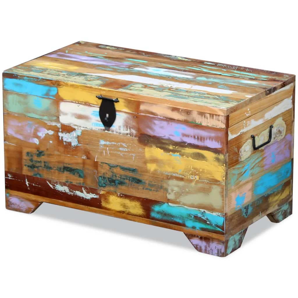 This vintage-style storage chest, made of solid reclaimed wood, will make a timeless addition to your home.