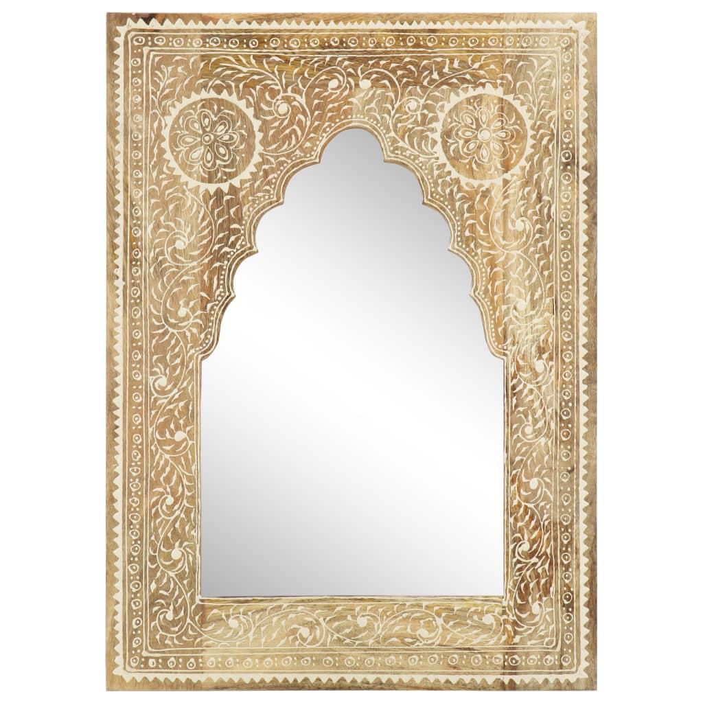 Dieser Spiegel im Vintage-Stil wird ein unverwechselbarer Blickfänger in jeder Inneneinrichtung sein. Er kann im Flur oder im Badezimmer benutzt werden.