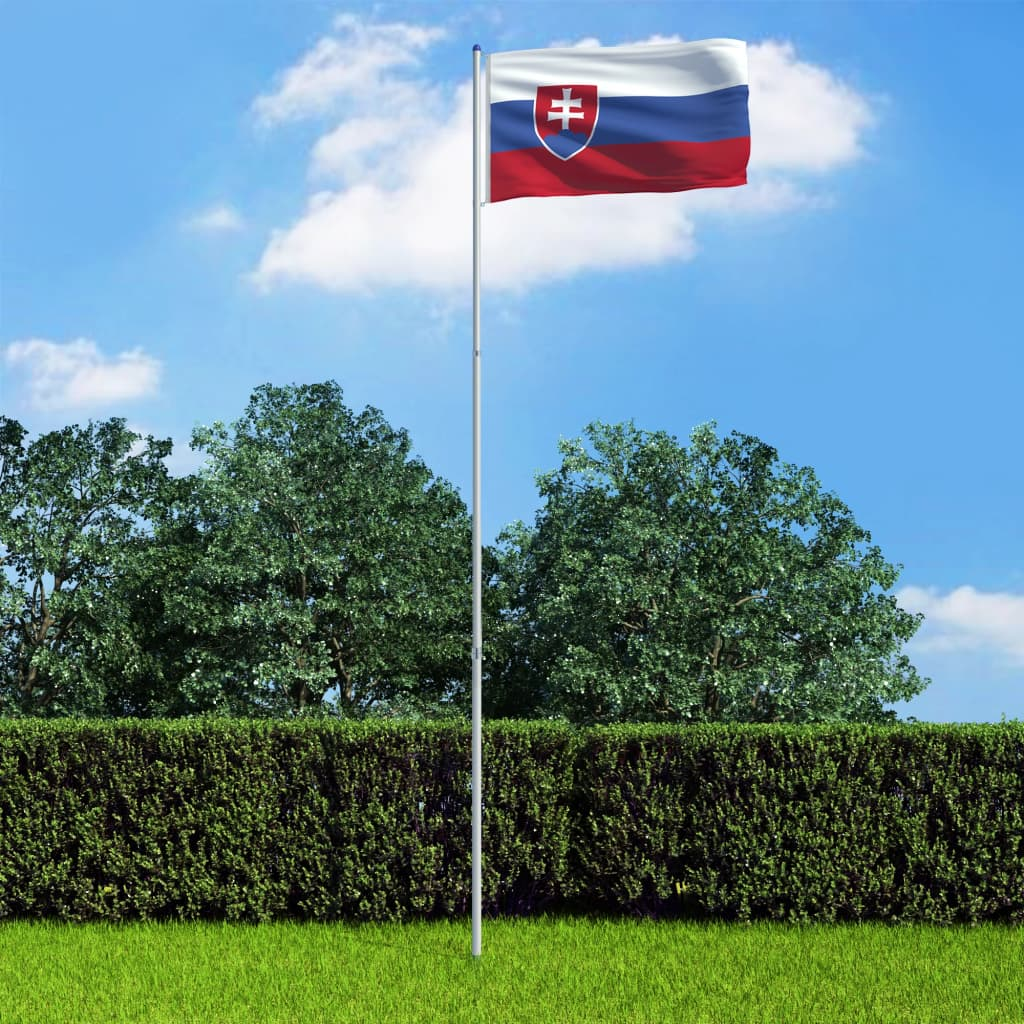 Slovakkia lipp ja lipumast, ..