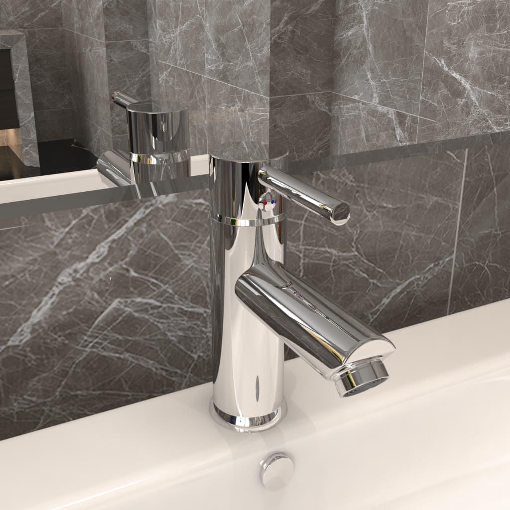Koupelnová umyvadlová vodovodní baterie pochromovaná 130x176 mm