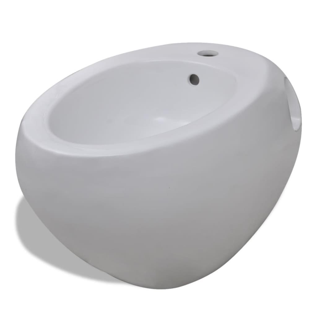 vidaXL Bidet suspendu en céramique sanitaire blanc Le revêtement permet un entretien et un nettoyage facile. Ce bidet suspendu est adapta