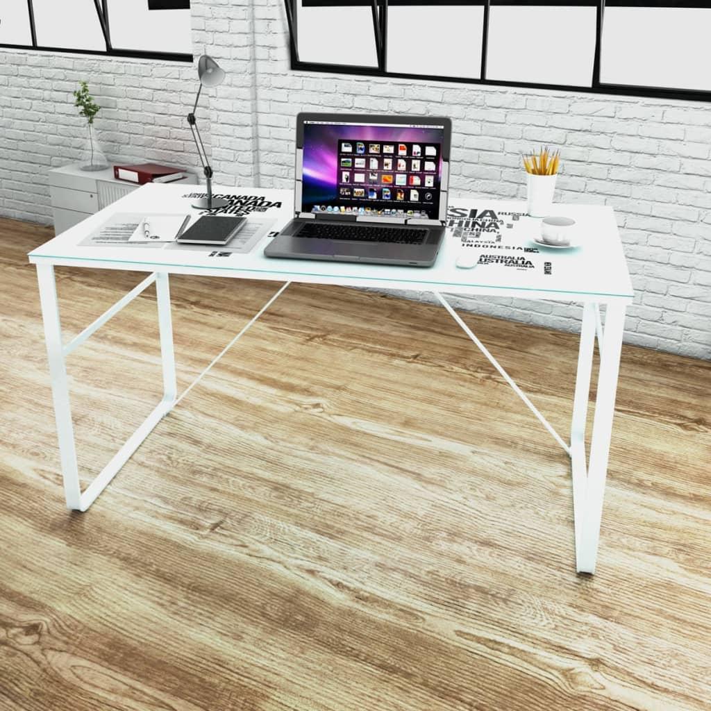 Rektangulärt skrivbord med kartmönster