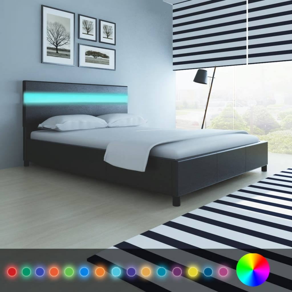 der bett mit kopfende mit led licht 200 x 140 cm kunstleder bezug schwarz online shop. Black Bedroom Furniture Sets. Home Design Ideas