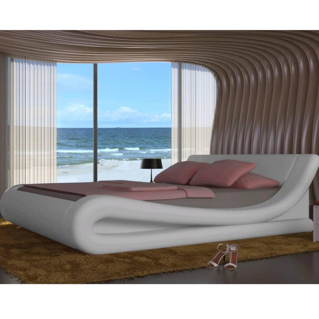 acheter lit en simili cuir courbe matelas m moire de forme blanc 180 200cm pas cher. Black Bedroom Furniture Sets. Home Design Ideas