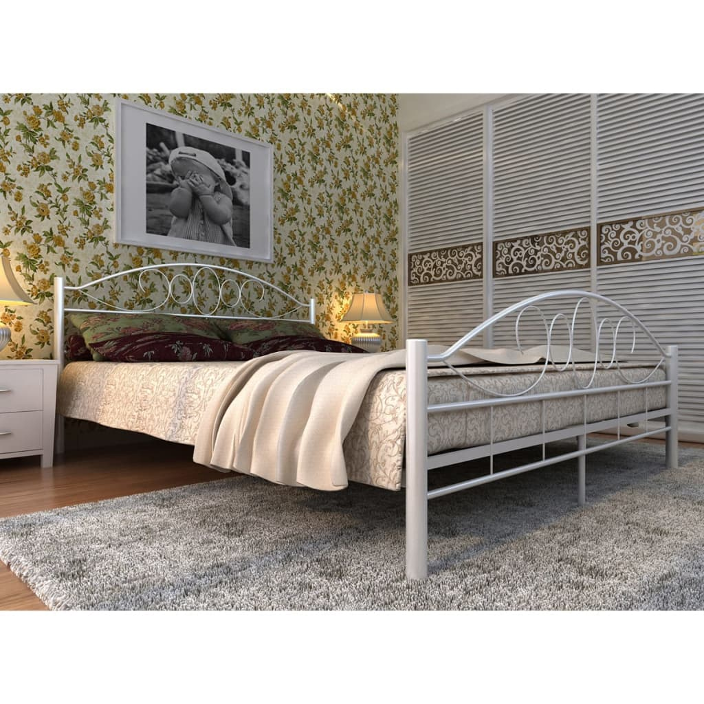 der metallbett doppelbett mit lattenrost wei 140x200 cm matratze online shop. Black Bedroom Furniture Sets. Home Design Ideas