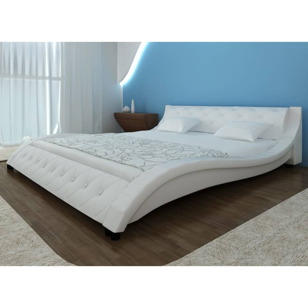acheter lit en similicuir vague blanc 140 x 200 cm avec matelas pas cher. Black Bedroom Furniture Sets. Home Design Ideas
