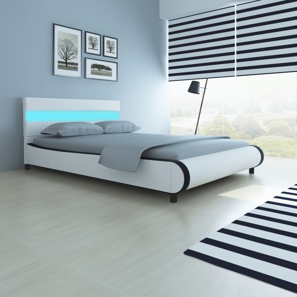 lit en cuir synth tique avec t te de lit led et matelas lit double lit adulte ebay. Black Bedroom Furniture Sets. Home Design Ideas