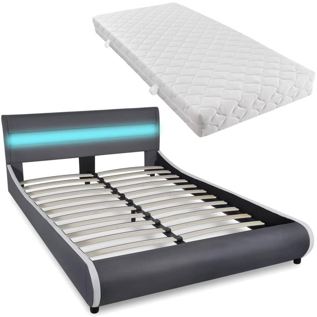 vidaXL Bed met matras + LED-verlichting in hoofdeinde 140 cm kunstleer