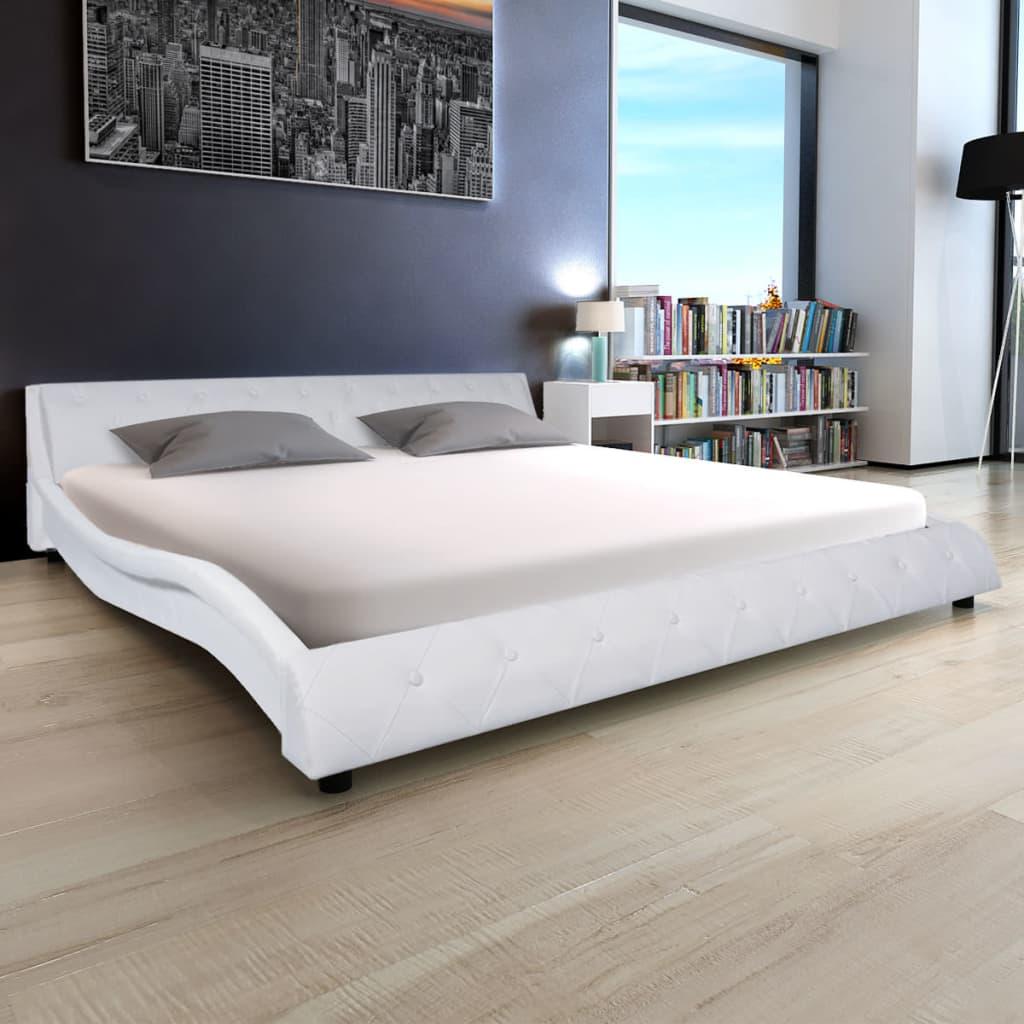 vidaXL 180x200 cm fehér műbőr ágy matraccal