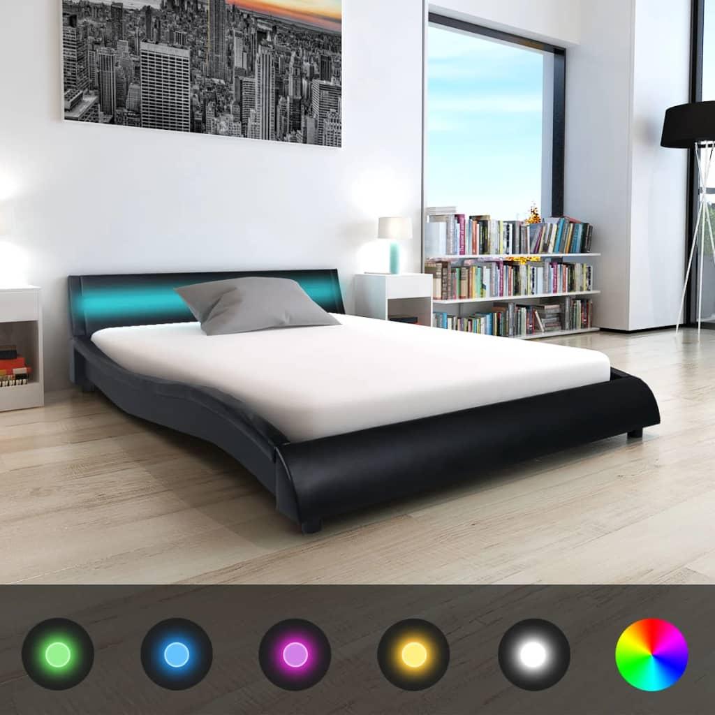 vidaXL 140x200 cm fekete LED-es műbőr ágy matraccal