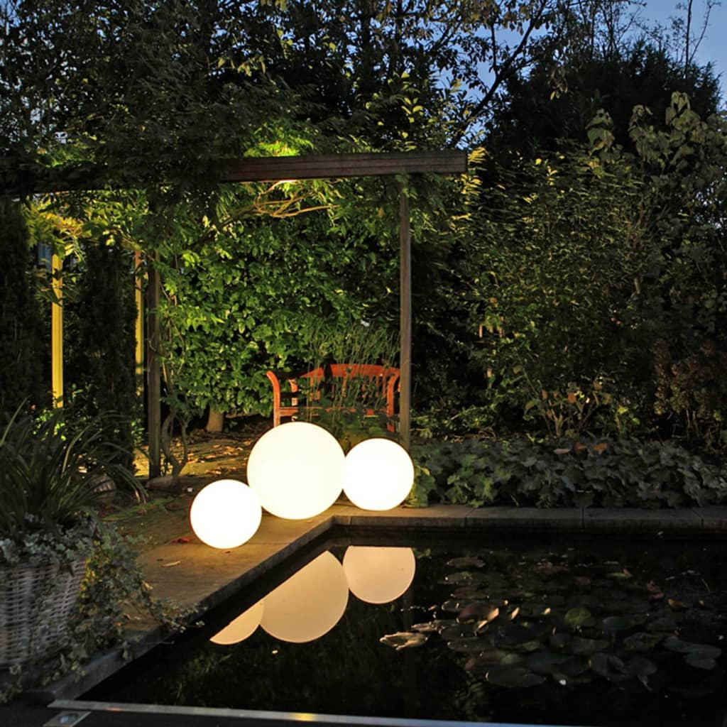 acheter smooz boule lumineuse led de jardin 30 2563451 pas cher. Black Bedroom Furniture Sets. Home Design Ideas