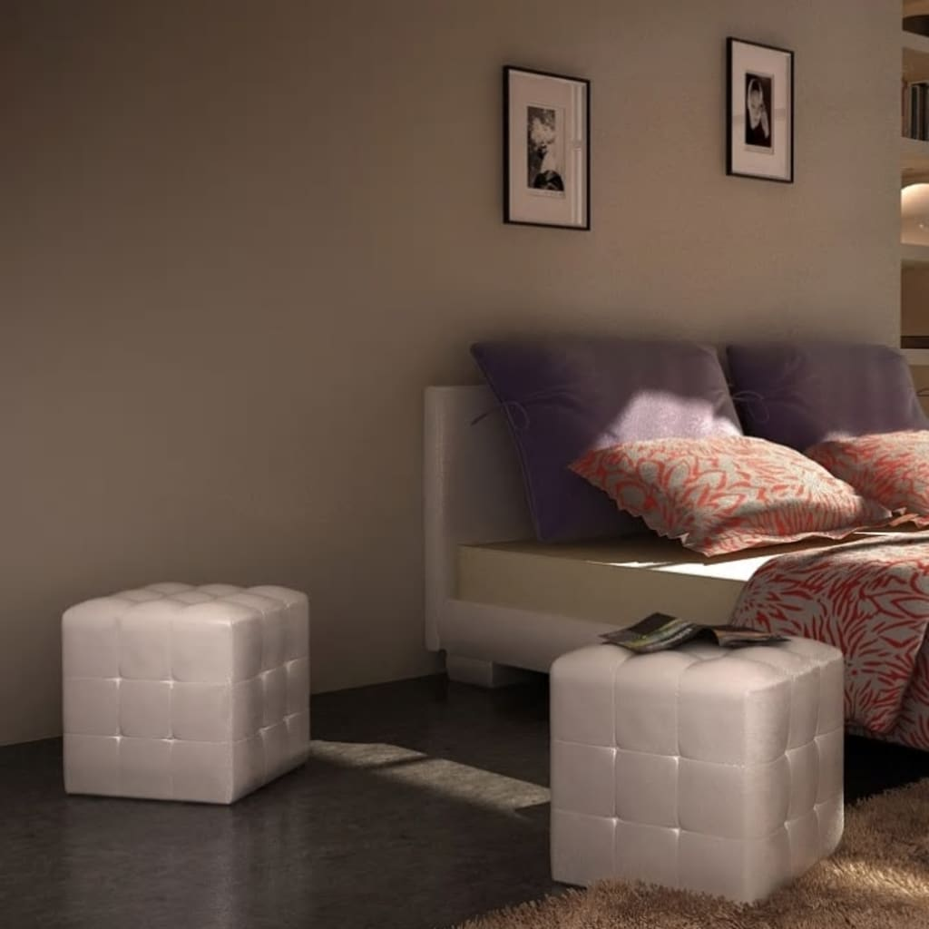 la boutique en ligne pouf cube capitonn blanc lot de 2. Black Bedroom Furniture Sets. Home Design Ideas